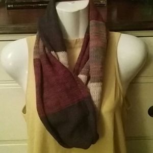 🍁 Muk Luks infinity scarf